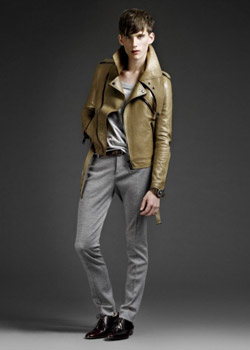 Burberry Prorsum Men and Women Pre-Collection Spring Summer 2011