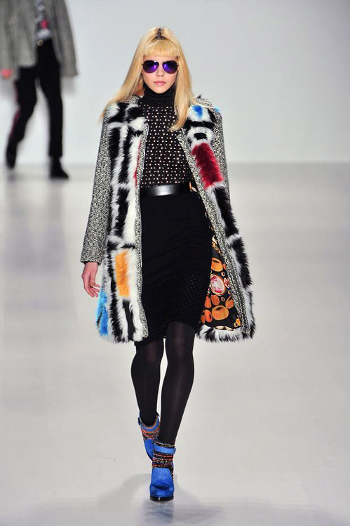 Mercedes-Benz Fashion Week: Colors and fur for Fall/Winter 2014 by Custo Barcelona