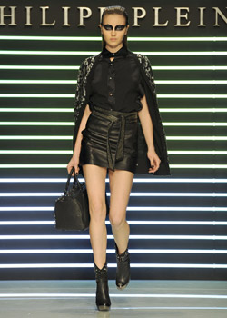 Philipp Plein returns to the Milan catwalk with a new, magnificent collection