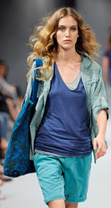 Benetton Presents The Spring-Summer 2011 Women's Collection