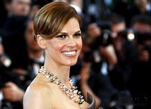 Hilary Swank to create own athletic fashion collection
