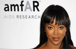 Naomi Campbell appeared in swimsuit on a gas station in New York