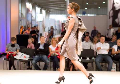 Poznan Fashion Fair 2011 - new form of style