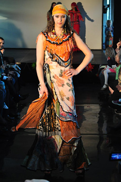 Roma fashion presented The World is Colorful