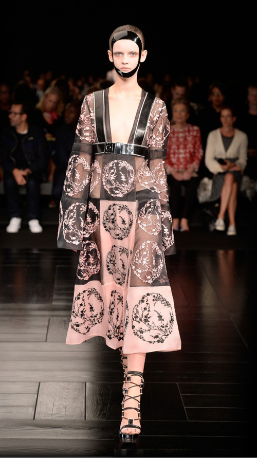 Alexander McQueen Spring/Summer 2015 womenswear collection