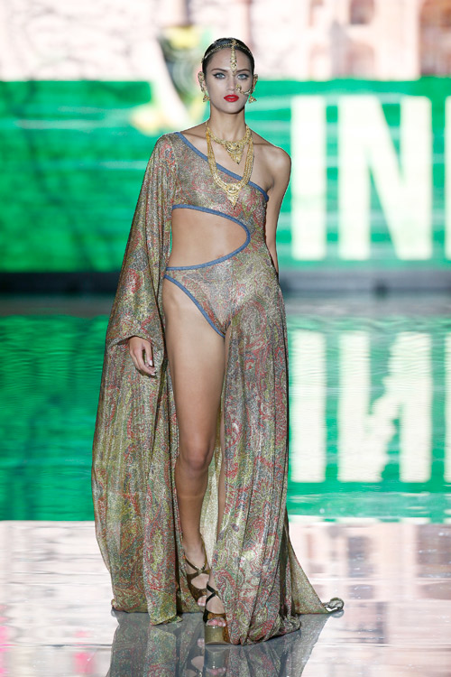 FIRST CLASS by Andres Sarda