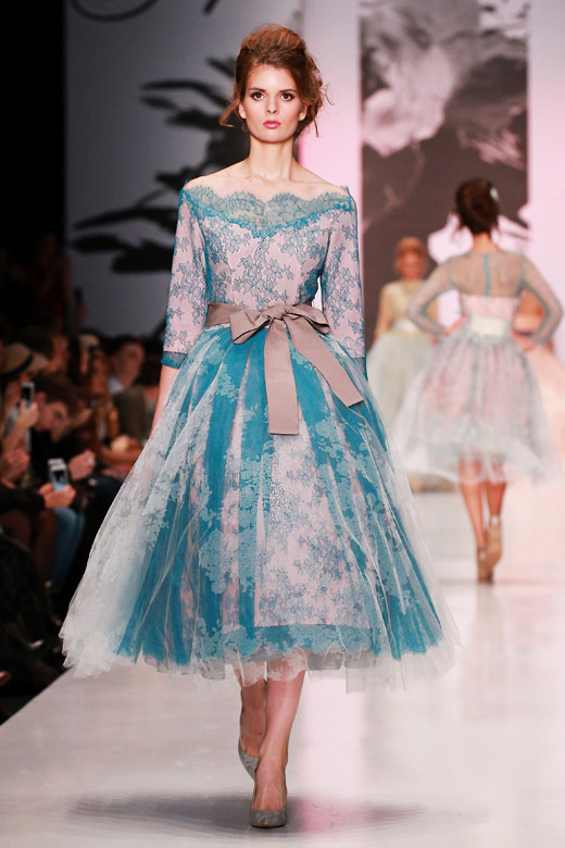 Roses and femininity for Spring-Summer 2015 by Igor Gulyaev