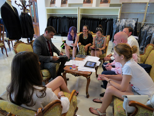 Five students from the National Academy of Art visited Richmart factory