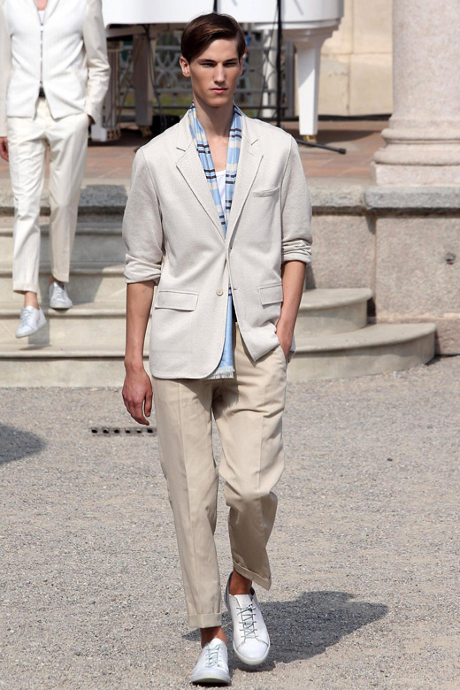 Summer 2015 Fashion Trends: Men's Suits