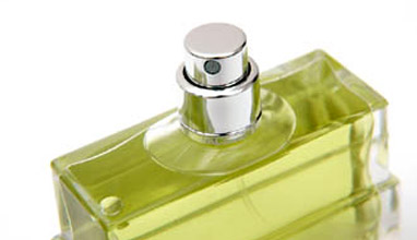 How to keep the perfume scent longer when applied